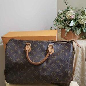 💯 Authentic Louis Vuitton Speedy 35 Handbag